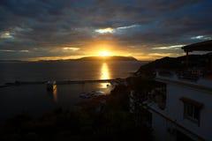 Ο τελευταίος ήλιος στο λιμένα Glossa Στοκ Εικόνες