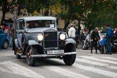 Ο τελευταίος ανεφοδιασμός σε καύσιμα - οχήματα παλαιμάχων που συναντιούνται, Pezinok, Σλοβακία Στοκ φωτογραφία με δικαίωμα ελεύθερης χρήσης