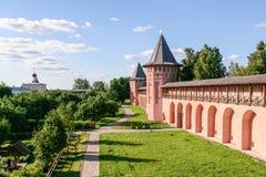 Ο τοίχος του μοναστηριού λυτρωτών του ST Euthymius, Ρωσία, Σούζνταλ Στοκ φωτογραφία με δικαίωμα ελεύθερης χρήσης