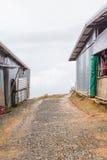 Ο τοπικός δρόμος στο βουνό στοκ φωτογραφία