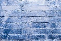 Ο τουβλότοιχος με το μπλε, ασημώνει το χρωματισμένο χρώμα Στοκ Φωτογραφίες