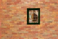 Τουβλότοιχος με το παράθυρο Στοκ φωτογραφία με δικαίωμα ελεύθερης χρήσης