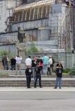 Ο τουρισμός καταστροφής στην Ουκρανία φέρνει τους τουρίστες του Τσέρνομπιλ Στοκ εικόνα με δικαίωμα ελεύθερης χρήσης