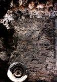 Ο τραχύς γκρίζος τοίχος Στοκ εικόνα με δικαίωμα ελεύθερης χρήσης