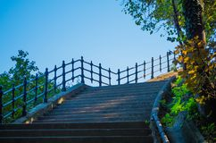 Ο τρόπος στο Hill Gellert στη Βουδαπέστη στοκ εικόνα