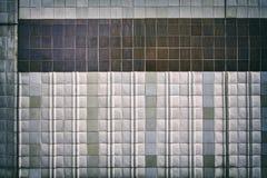 Ο τρύγος τόνισε τον παλαιό τοίχο κεραμικών κεραμιδιών Στοκ φωτογραφίες με δικαίωμα ελεύθερης χρήσης