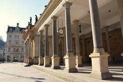 ο τσεχικός karlovy πύργος δημοκρατιών πόλεων ποικίλλει την όψη στοκ εικόνα