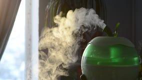 Ο υγραντής αέρα διασκορπίζει την υγρασία απόθεμα βίντεο