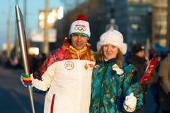 Ολυμπιακή φλόγα Sochi 2014 ηλεκτρονόμων στοκ εικόνες