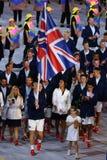 Ολυμπιακός πρωτοπόρος Andy Murray που φέρνει την Ηνωμένη σημαία που οδηγεί ολυμπιακή ομάδα Μεγάλη Βρετανία στη τελετή έναρξης του Στοκ εικόνες με δικαίωμα ελεύθερης χρήσης