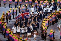Ολυμπιακός πρωτοπόρος Andy Murray που φέρνει την Ηνωμένη σημαία που οδηγεί ολυμπιακή ομάδα Μεγάλη Βρετανία στο Ρίο 2016 που ανοίγ Στοκ εικόνες με δικαίωμα ελεύθερης χρήσης