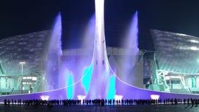 Ολυμπιακός φανός με τις πηγές στο φως σε ολυμπιακό απόθεμα βίντεο