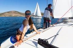 16ο φθινόπωρο 2016 Ellada regatta ναυσιπλοΐας μεταξύ της ελληνικής ομάδας νησιών στο Αιγαίο πέλαγος, στις Κυκλάδες και το Σαρωνικ Στοκ εικόνα με δικαίωμα ελεύθερης χρήσης