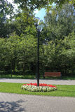Ο φωτεινός σηματοδότης στη διάβαση πεζών πάρκων Στοκ εικόνες με δικαίωμα ελεύθερης χρήσης