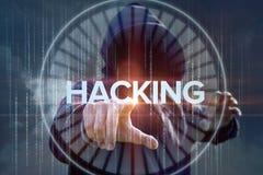 Ο χάκερ πιέζει τη χάραξη κουμπιών Στοκ Φωτογραφία