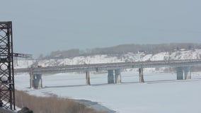 Ο χειμώνας ποταμών γεφυρών φιλμ μικρού μήκους
