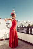 ο χορευτής χορεύει flamenco ανεμιστήρων απεικόνιση ισπανικά κοριτσιών Στοκ Εικόνα