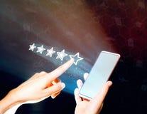 Ο χρήστης ανατροφοδοτεί, εκτιμήσεις ποιοτικής αξιολόγησης, προϊόντων και υπηρεσιών Στοκ εικόνες με δικαίωμα ελεύθερης χρήσης