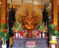 Ο χρυσός Βούδας. Βιετνάμ. Nha Trang. Παγόδα. Στοκ Εικόνα