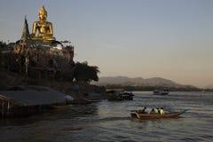 Ο χρυσός Βούδας Sop Ruak στοκ φωτογραφία με δικαίωμα ελεύθερης χρήσης
