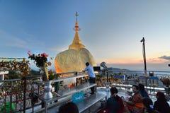 Ο χρυσός βράχος Παγόδα Kyaiktiyo Κράτος Mon Myanmar Στοκ φωτογραφία με δικαίωμα ελεύθερης χρήσης