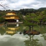 Ο χρυσός ναός του Κιότο Στοκ φωτογραφία με δικαίωμα ελεύθερης χρήσης