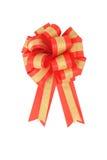 ο χρυσός τόξων απομόνωσε την κόκκινη κορδέλλα Στοκ εικόνα με δικαίωμα ελεύθερης χρήσης