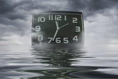 Ο χρόνος κινείται όπως το νερό - αφηρημένη φωτογραφία Στοκ φωτογραφία με δικαίωμα ελεύθερης χρήσης