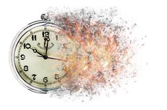 Ο χρόνος τρέχει έξω την έννοια παρουσιάζει ρολόι που διαλύει μακριά στοκ φωτογραφία