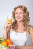 Ο χυμός καρπού φέρνει τις βιταμίνες Στοκ Εικόνες