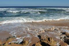 ο ωκεανός σχίζει Στοκ φωτογραφίες με δικαίωμα ελεύθερης χρήσης
