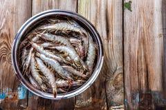 Ολόκληρα φρέσκα ακατέργαστα θαλασσινά γαρίδων Στοκ εικόνα με δικαίωμα ελεύθερης χρήσης