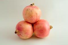 Ολόκληρα φρούτα Γρανάδα Στοκ Εικόνες