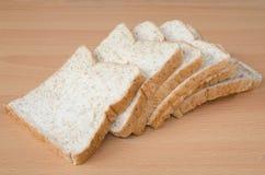 Ολόκληρο ψωμί σίτου στοκ φωτογραφίες με δικαίωμα ελεύθερης χρήσης