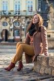ο όμορφος βράχος κοριτσ&iot Στοκ Εικόνα