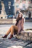 ο όμορφος βράχος κοριτσ&iot Στοκ φωτογραφίες με δικαίωμα ελεύθερης χρήσης