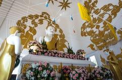 Ο όμορφος λευκός Βούδας Στοκ φωτογραφία με δικαίωμα ελεύθερης χρήσης