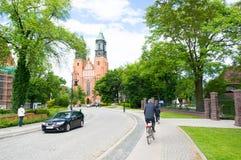 Οδός και cathdral Στοκ Εικόνες