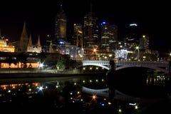 Οδός Μελβούρνη άποψης νύχτας flinder Στοκ Εικόνα