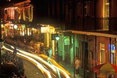 Οδός μπέρμπον τη νύχτα, Νέα Ορλεάνη, Λουιζιάνα Στοκ φωτογραφία με δικαίωμα ελεύθερης χρήσης