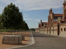 Οδός μπροστά από τα κτήρια Matadero στη Μαδρίτη, Ισπανία Στοκ Εικόνες