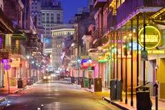 Οδός Νέα Ορλεάνη μπέρμπον στοκ φωτογραφία με δικαίωμα ελεύθερης χρήσης