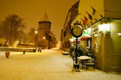 Οδός Ρουμανία της ακρόπολης του Sibiu τή νύχτα Στοκ Εικόνες