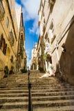 Οδός σε Valletta με τα σκαλοπάτια Στοκ Φωτογραφία
