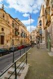 Οδός σε Valletta με τα σκαλοπάτια Στοκ φωτογραφία με δικαίωμα ελεύθερης χρήσης
