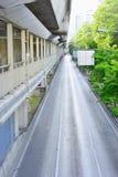 Οδός στην καρδιά της πόλης, αλλά κανένας άνθρωπος Στοκ φωτογραφία με δικαίωμα ελεύθερης χρήσης