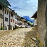 Οδός στο χωριό Gruyeres, Fribourg, Ελβετία Στοκ εικόνες με δικαίωμα ελεύθερης χρήσης