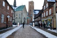 Οδός της παλαιάς πόλης Ribe, Δανία, Ευρώπη τον Ιανουάριο του 2016 Στοκ Εικόνες