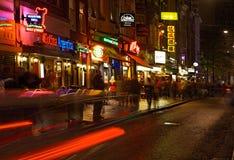 Οδός φραγμάτων στη νύχτα Στοκ Εικόνες
