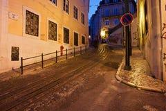 Οδός DA Gloria Calcada τη νύχτα στη Λισσαβώνα Στοκ Εικόνα